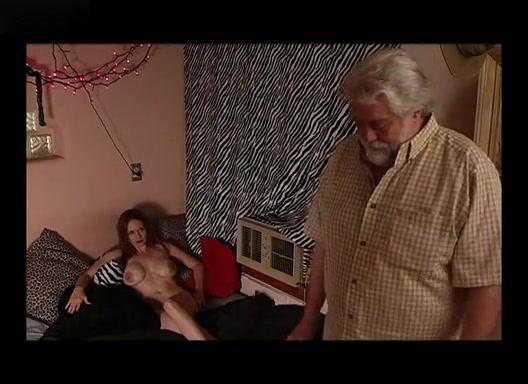 Ashley Bryce,Elske McCain,Jaymi McNulty,Unknown in Gimme Skelter (2007)