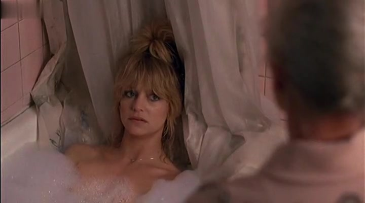 Goldie Hawn in Best Friends[1982] (1982)