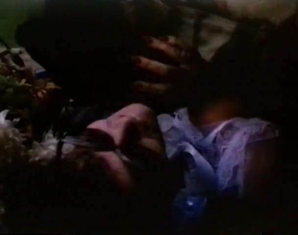 Eva Czemerys,Lydie Denier in Flesh And Fire (1985)