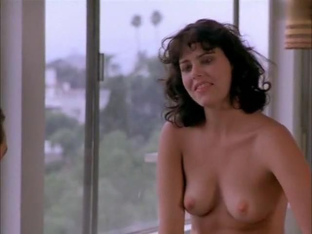 Amanda De Cadanet,Ione Skye in Mascara (1999)