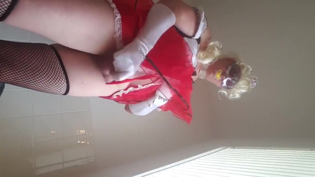 Sissy kristen gaping ass riding  12 inch black cock