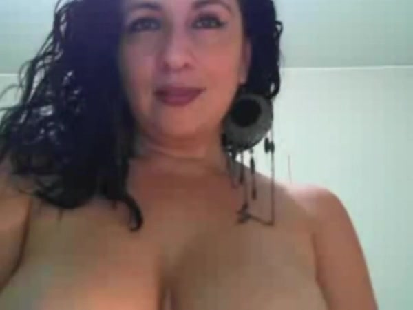 Live hot girls hot cam girl masturbates