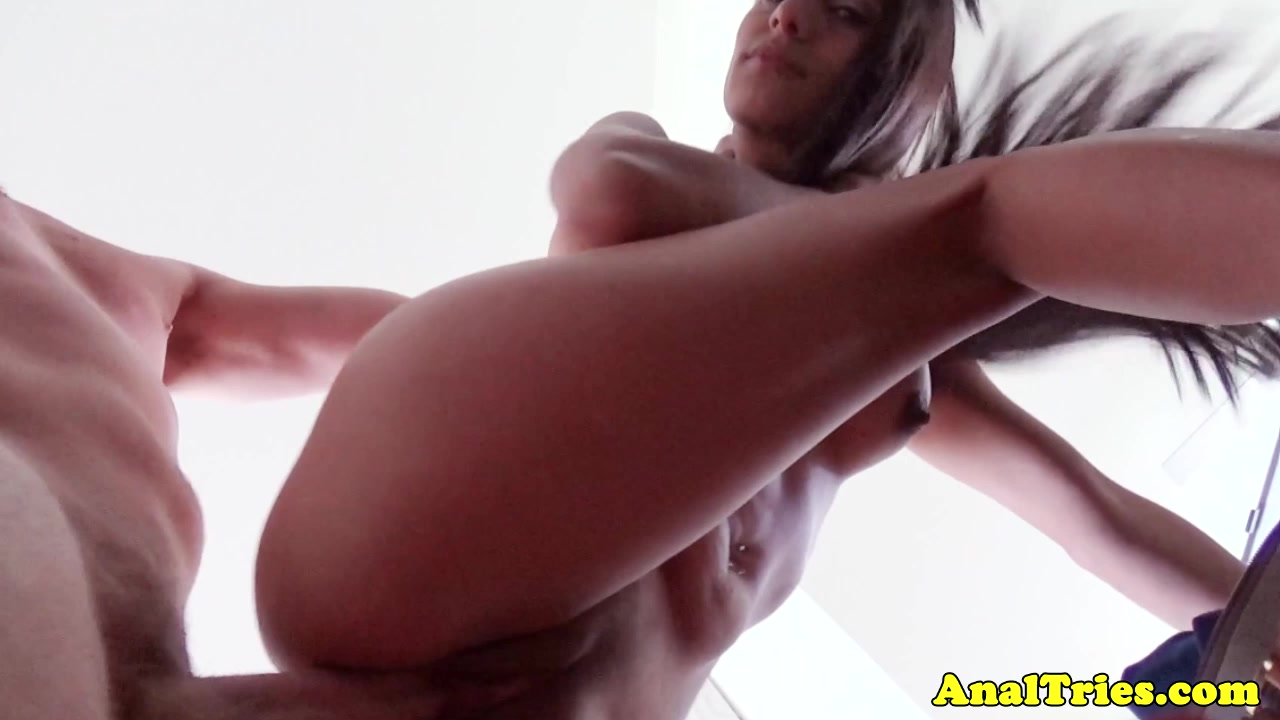 Exotic bootylicious girlfriend riding cock