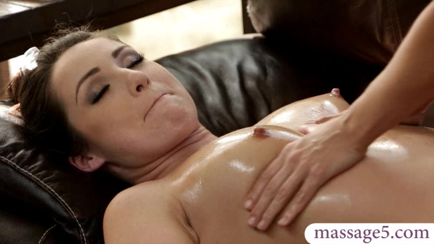 Sexy masseuse gives relaxing massage and intimate oral sex