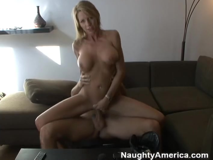 Emma Starr & Will Powers in Naughty America