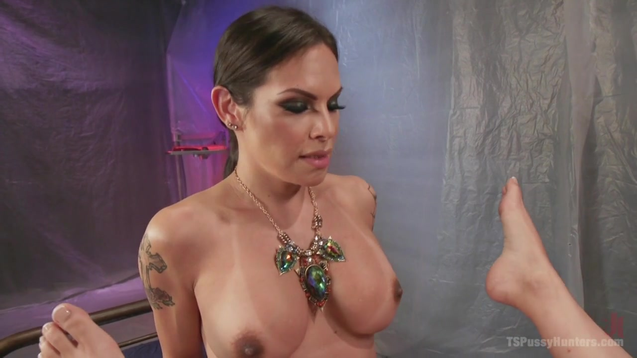 TS Foxxy & Cytherea in Ts Foxxy Gives Cytherea Squirting Orgasms That Are Out Of This World - TSPussyHunters