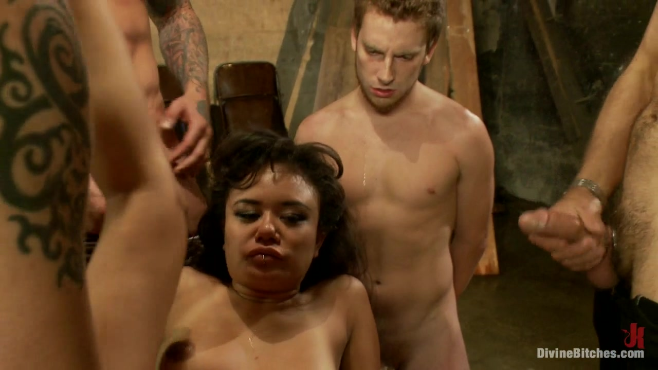 Master Avery & Mickey Mod & Annie Cruz & Parker London & Wolf Hudson in Cuckold Gangbang - DivineBitches