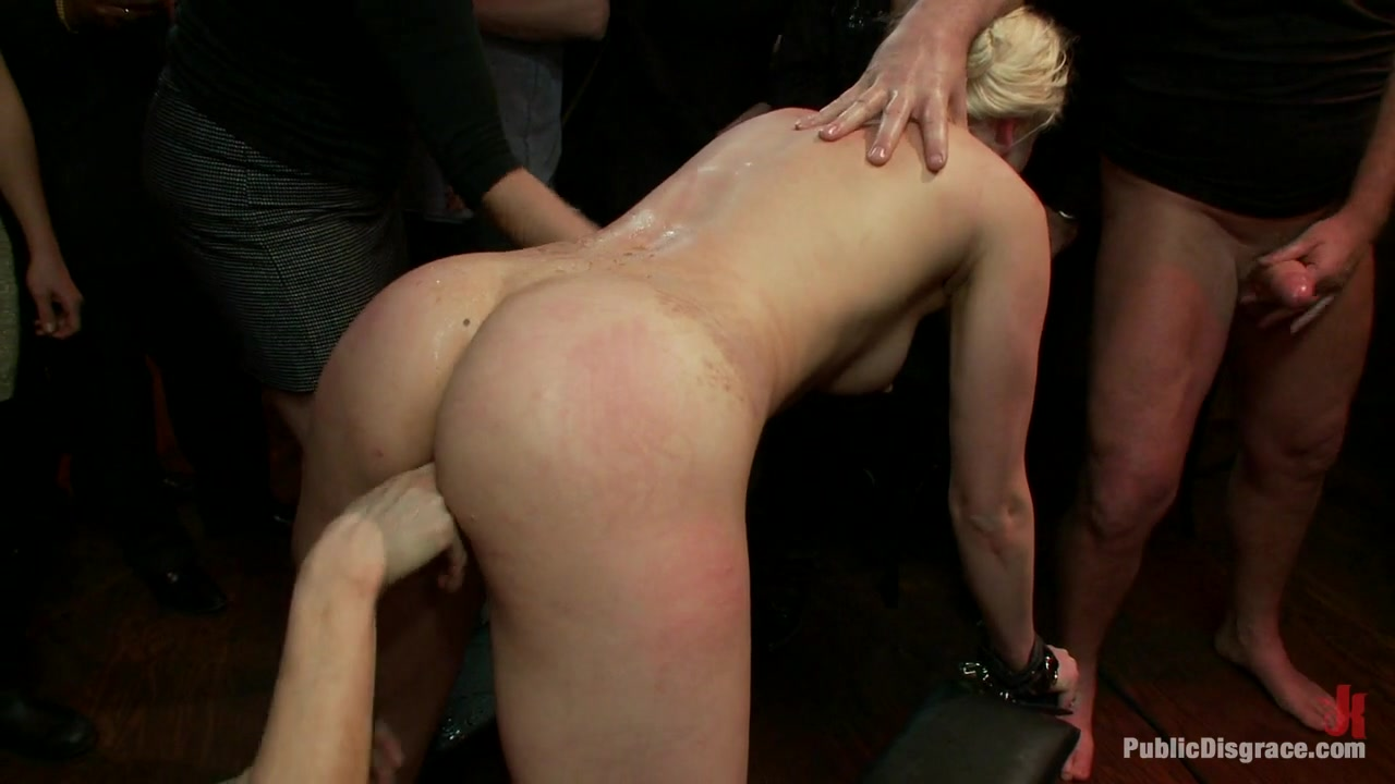 Tall Blonde Amateur Gets Fucked While Wearing Blackout Contact Lenses - She Can'T See A Thing - PublicDisgrace