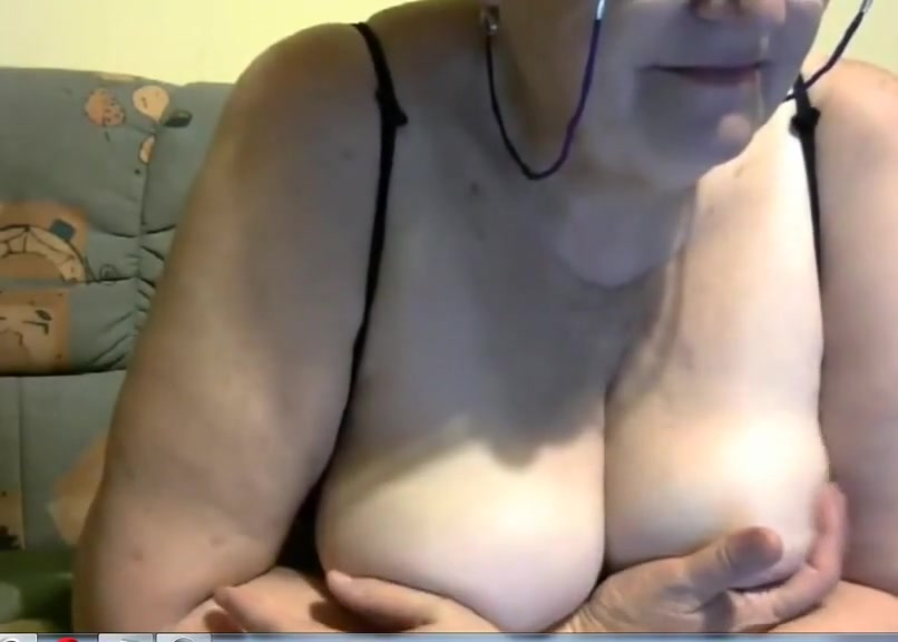 65 year old woman show in cam