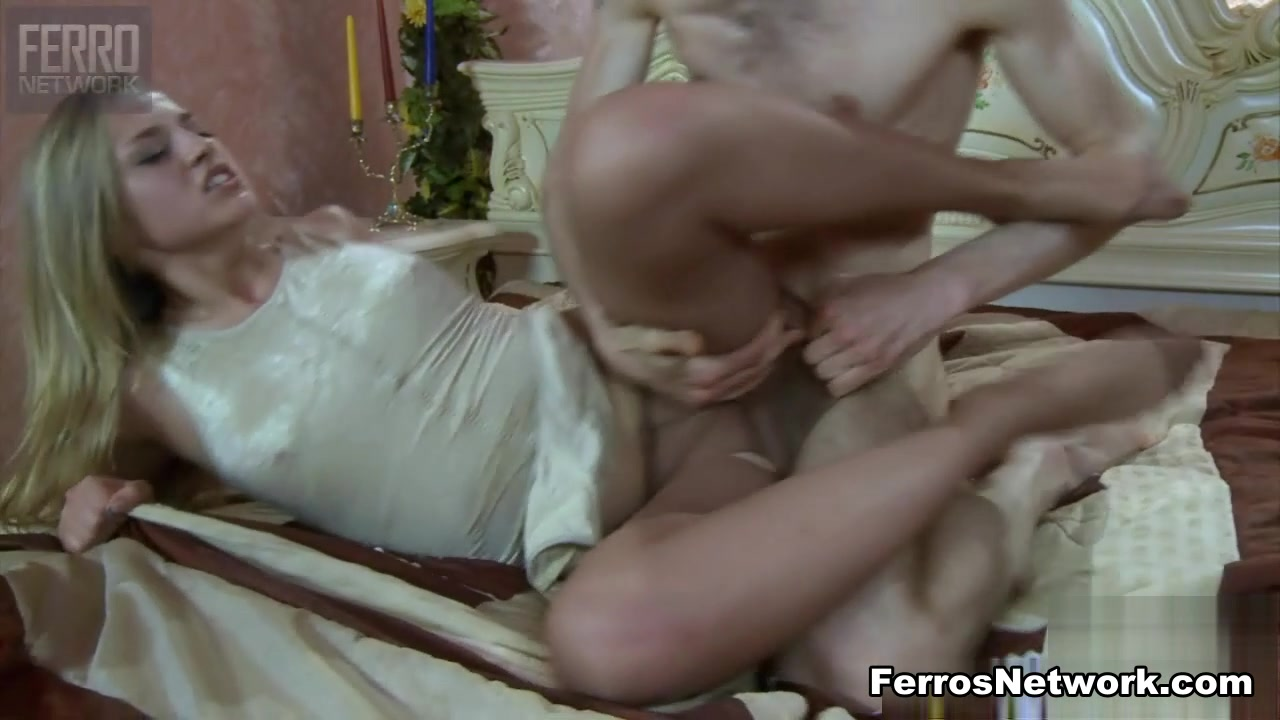 NylonFeetVideos Video: Amy A and Gerhard