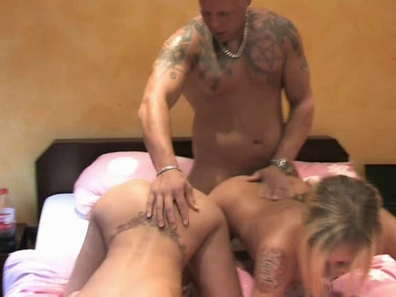 mff threesome with a lot of nasty facial cumshots
