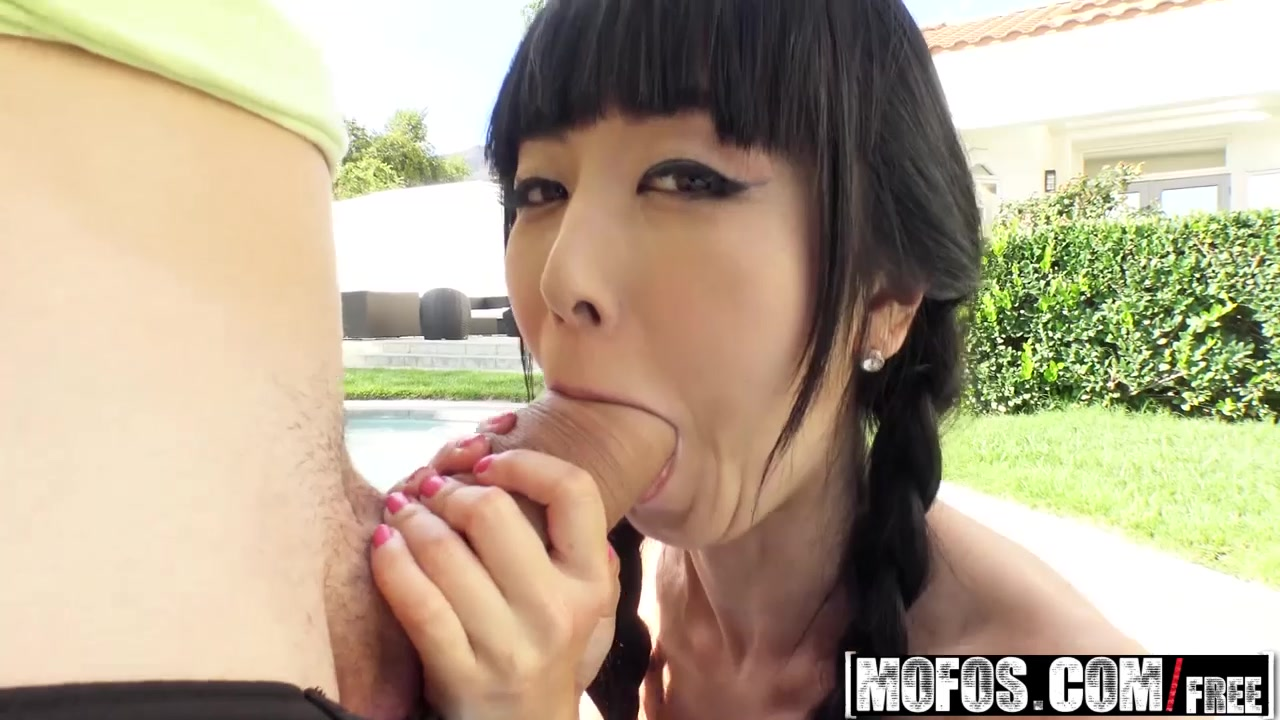 Mofos Lets Try Anal Raine Mae Busty Blonde Loves Anal