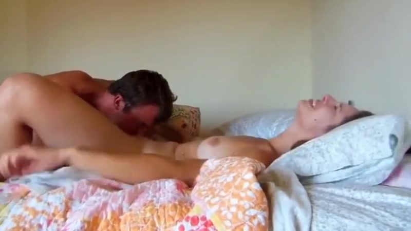 Orgasmic girlfriend cums repeatedly from hot sex