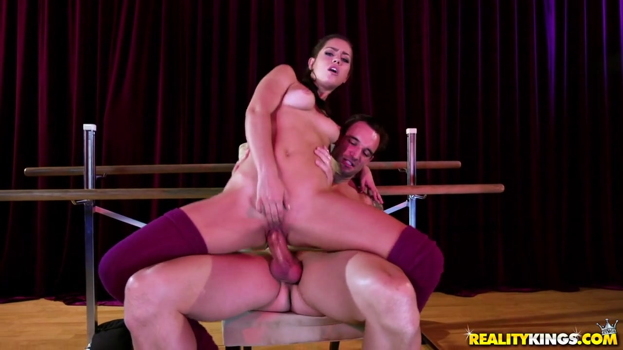 Alina Lopez & Alex Legend in Beautiful And Flexible - RealtyKings