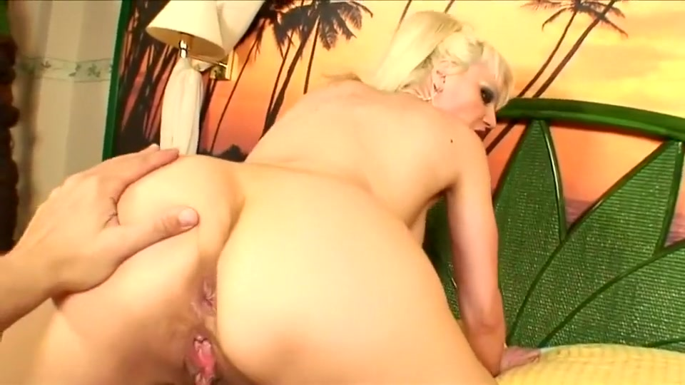 Elizabeth Maciel blows cock and gets assfucked