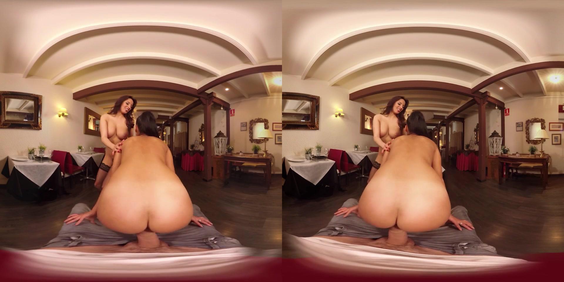 Anissa Kate & Apolonia Lapiedra in Public Bang - VRBangers