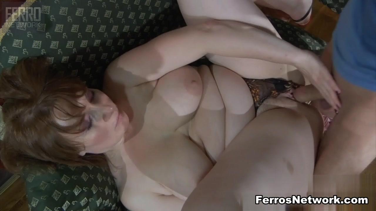 Stephanie courtney nude gif