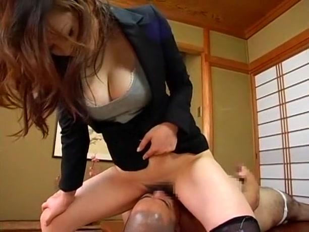 оставляет собой порно доминирование над японкой первого сезона алла