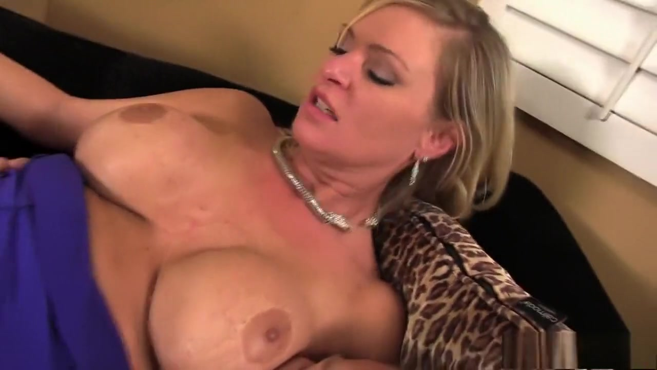 Stacked blonde mommy Alison Kilgore offers her stepson a hot rimjob