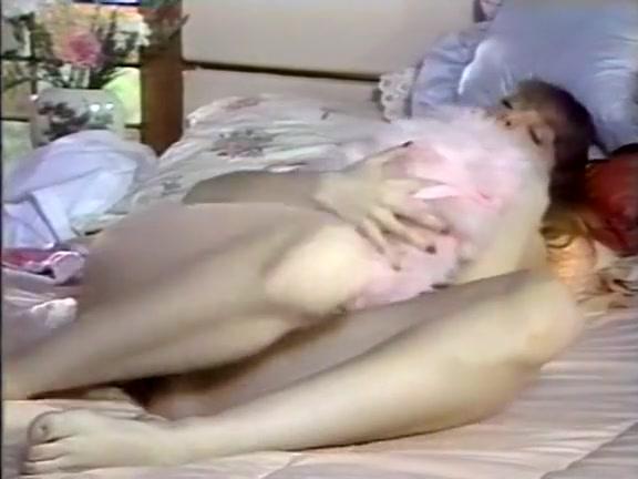 Amber Lynn, Debra Lynn, Erica Boyer in vintage sex clip