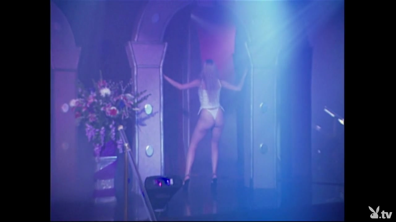 Stripsearch - New England Girls, Season #01 Ep.14
