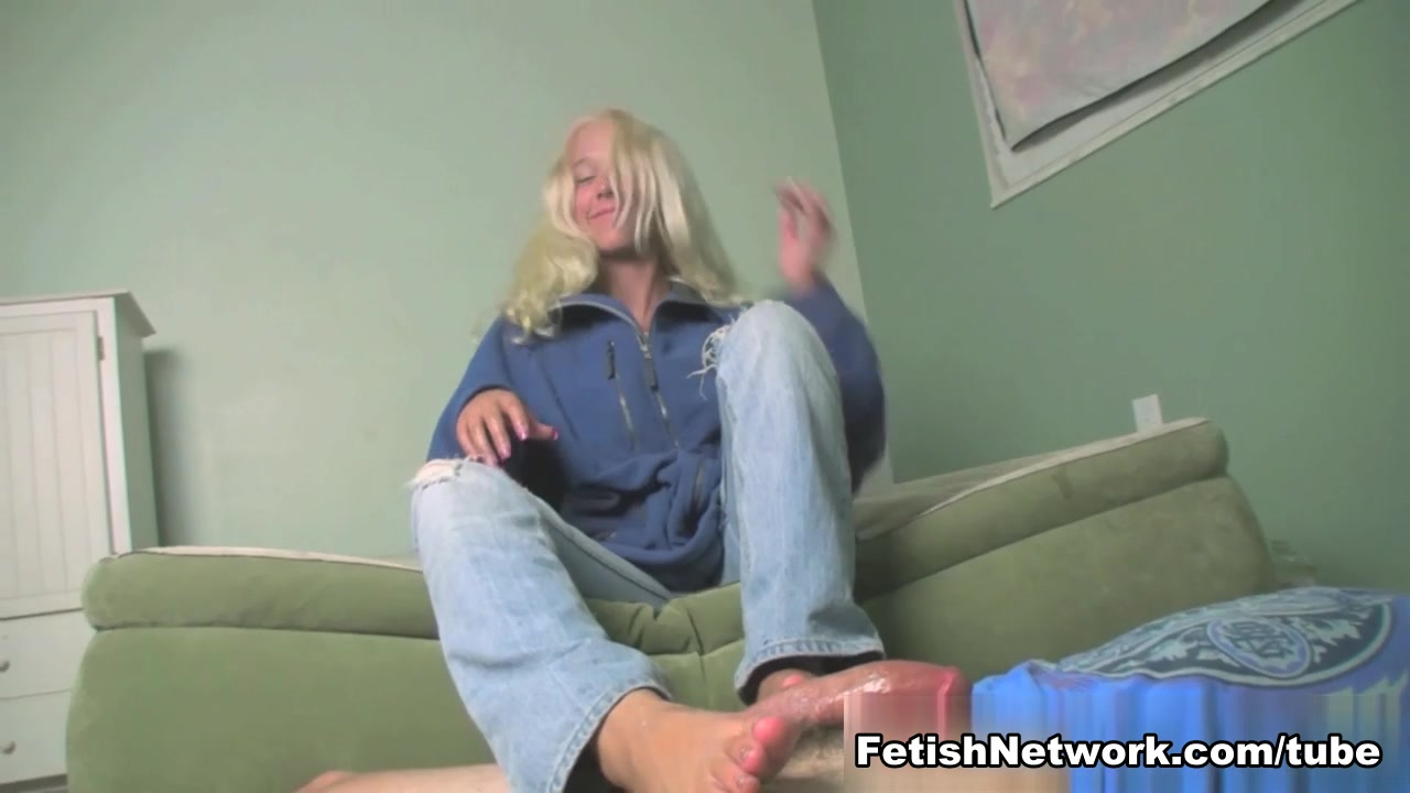 Loads of Cum for Julie's Feet