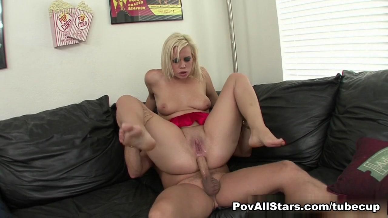 Girl Hottie Tara Lynn Blows And Butt Bangs