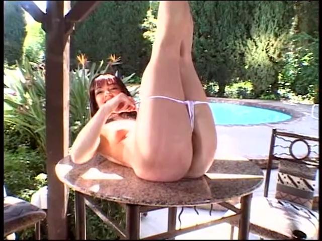 aged bitch rubs on her mangos and masturbates outdoors