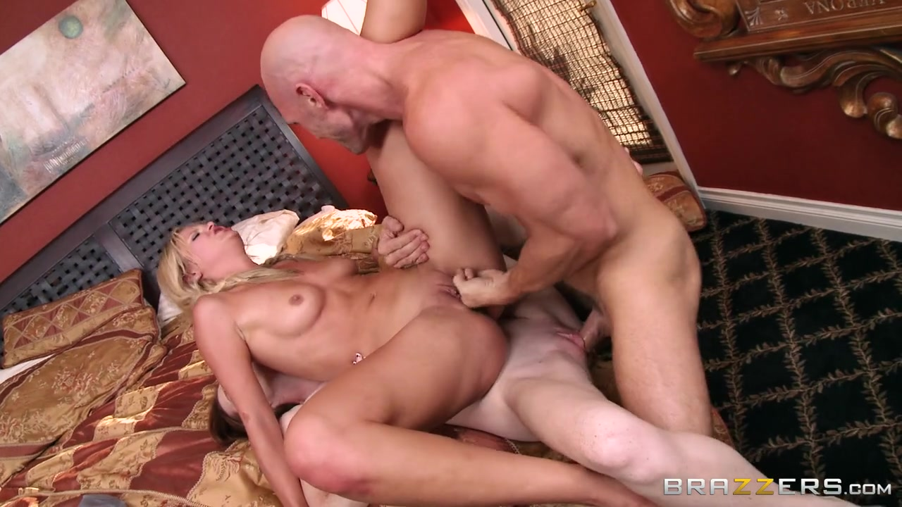 Teens Like It Big: We're Best Friends, We Share Everything Now. Dee Dee Lynn, Scarlet Red, Johnny Sins