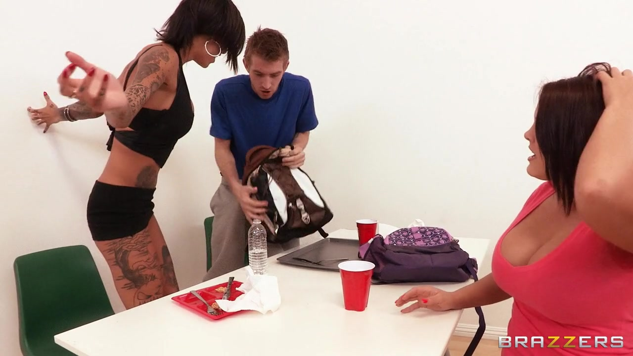Shes Gonna Squirt: Buttfucking the Bully. Bonnie Rotten, Danny D