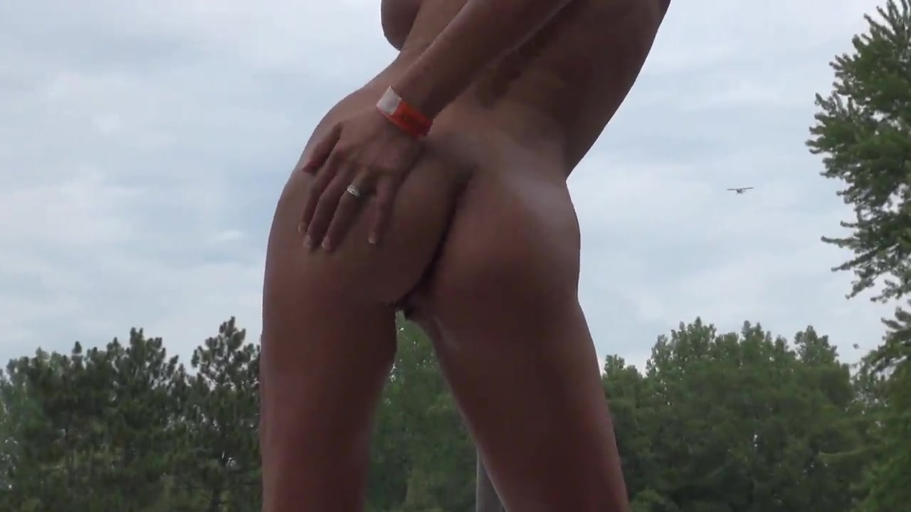 Nudes-A-Poppin' 2012 - 002